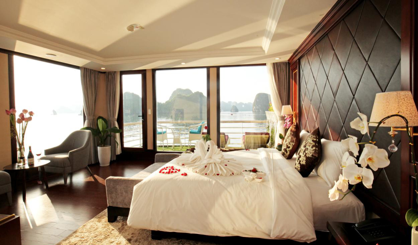 Top 5 luxury and deluxe cruises in Lan Ha bay (Editor's choice)