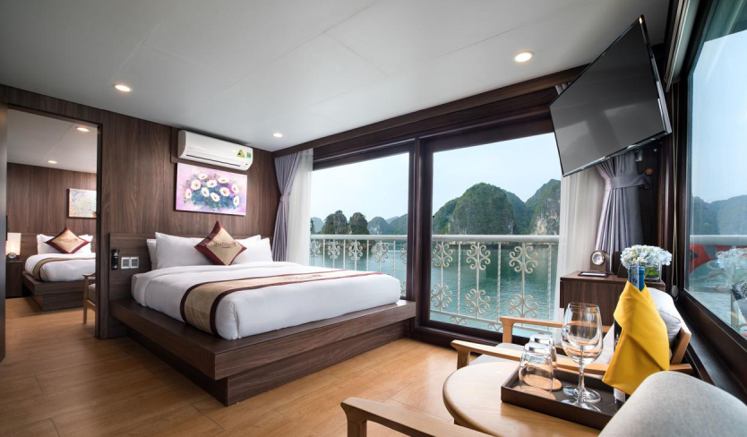 unicharm cruise 1 - Top 5 luxury and deluxe cruises in Lan Ha bay (Editor's choice)