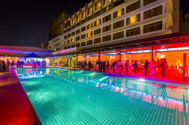 "nagaworld hotel phnom penh e1478850493532 - Explore ""night dance"" in Phnom Penh"