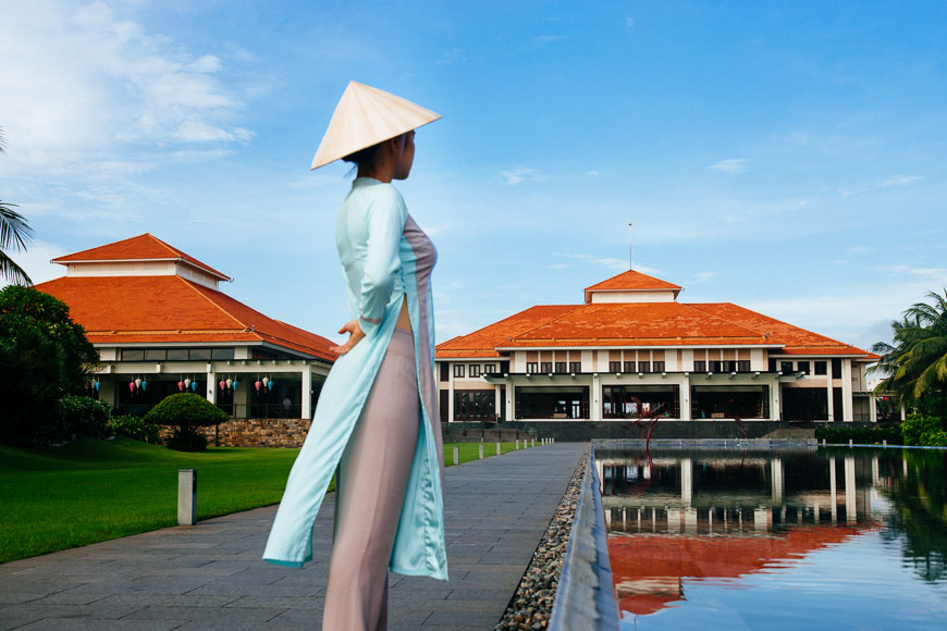 vietnam20national20costume - All about ao dai: Vietnam's national dress